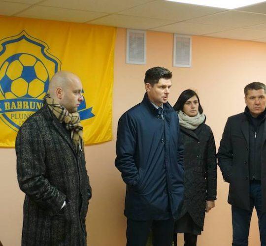 Plungėje lankėsi Lietuvos futbolo federacijos prezidentas T. Danilevičius ir generalinis sekretorius N. Dunauskas
